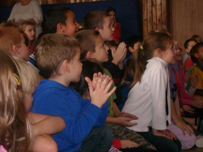 Kouzelník Grino a jeho publikum
